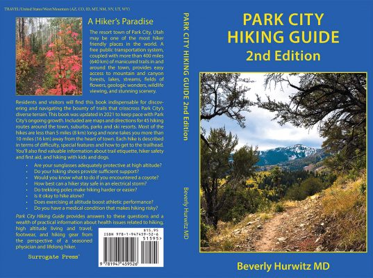 PC-Hiking_Guide-2021-Cover.indd